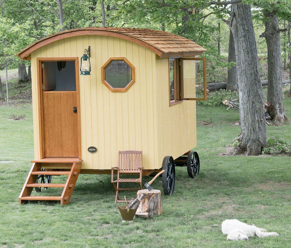 Itu0027s the classic tiny home on wheels