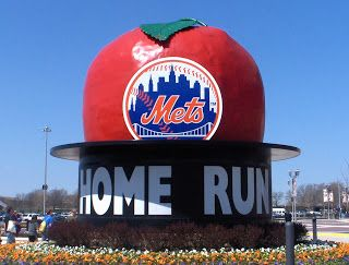 8dd9c9173 Mets Home Run Apple at Citifield | Sports | Ny mets, Apple tattoo ...