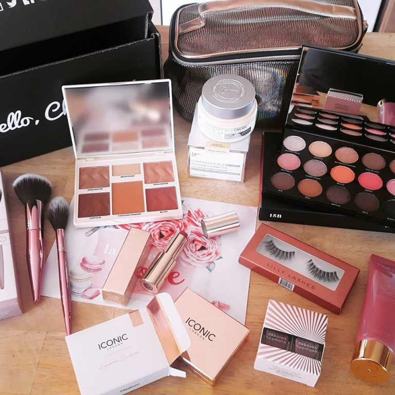 Great Big List Over 30 Things All Free Samples Free Ways To Earn Money Online Practically Free Makeup Get Free Makeup Free Makeup Free Makeup Samples Mail