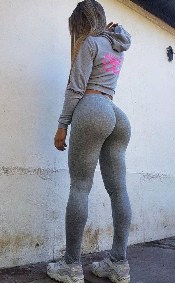 Yoga Big Ass : Girls