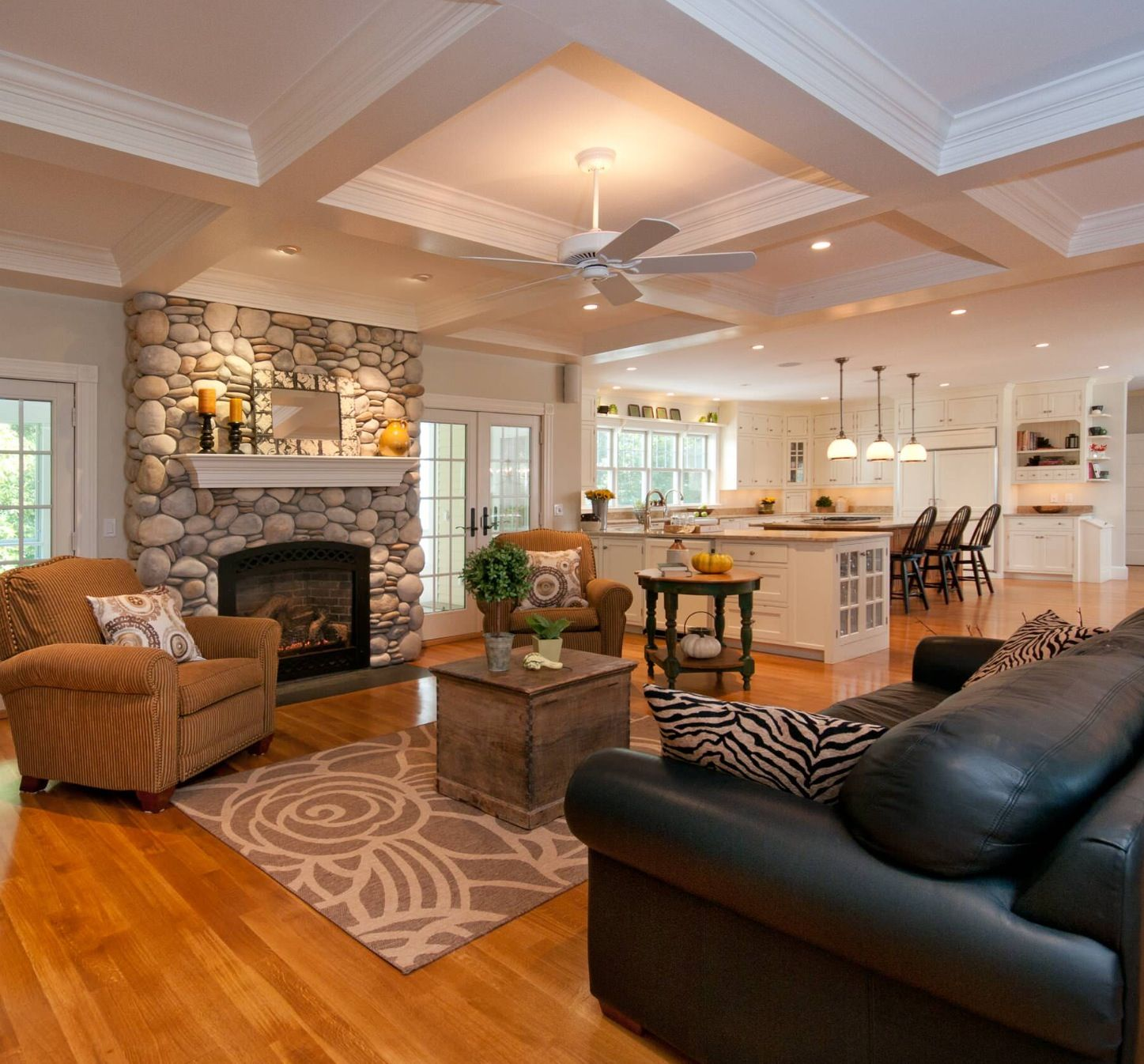 34 Beautiful Stone Fireplaces That Rock | Open concept, Ceilings and ...