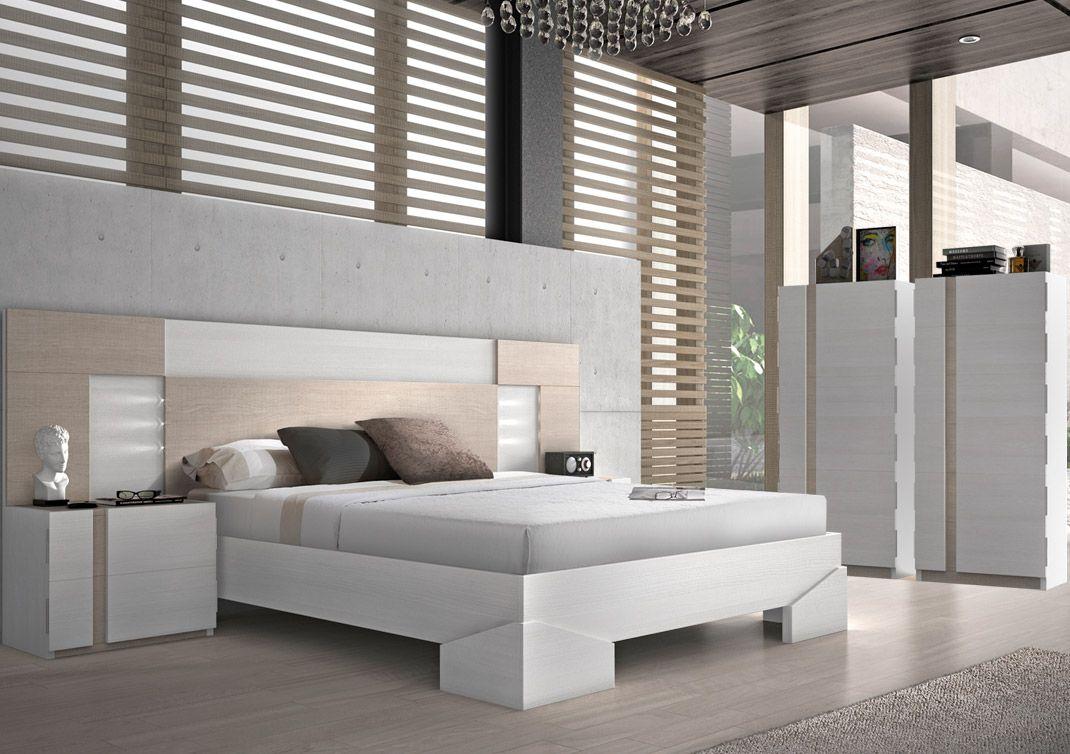 Moderno dormitorio de matrimonio, fabricado en madera sitética con ...