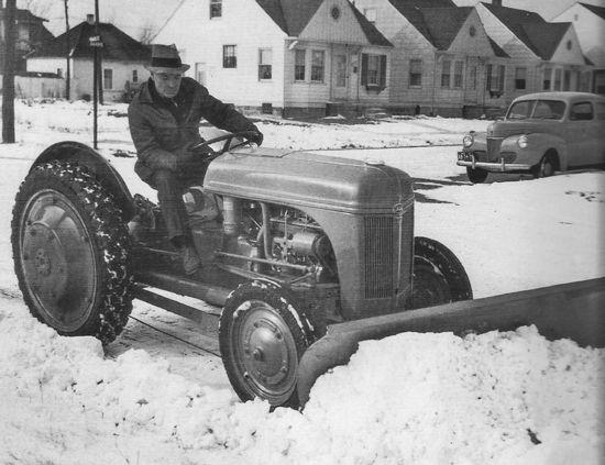 Industrial Designers Transform Tractor Industry - Tractors - Farm Collector Magazine