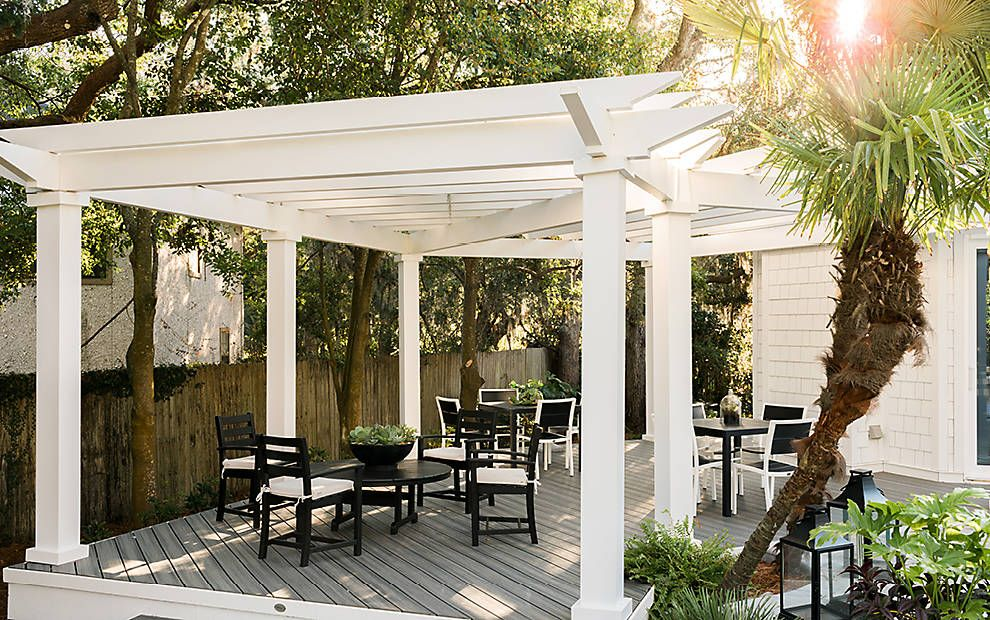 A Shady Spot To Decompress At The HGTV Dream Home 2017. #HGTVDreamHome #Trex