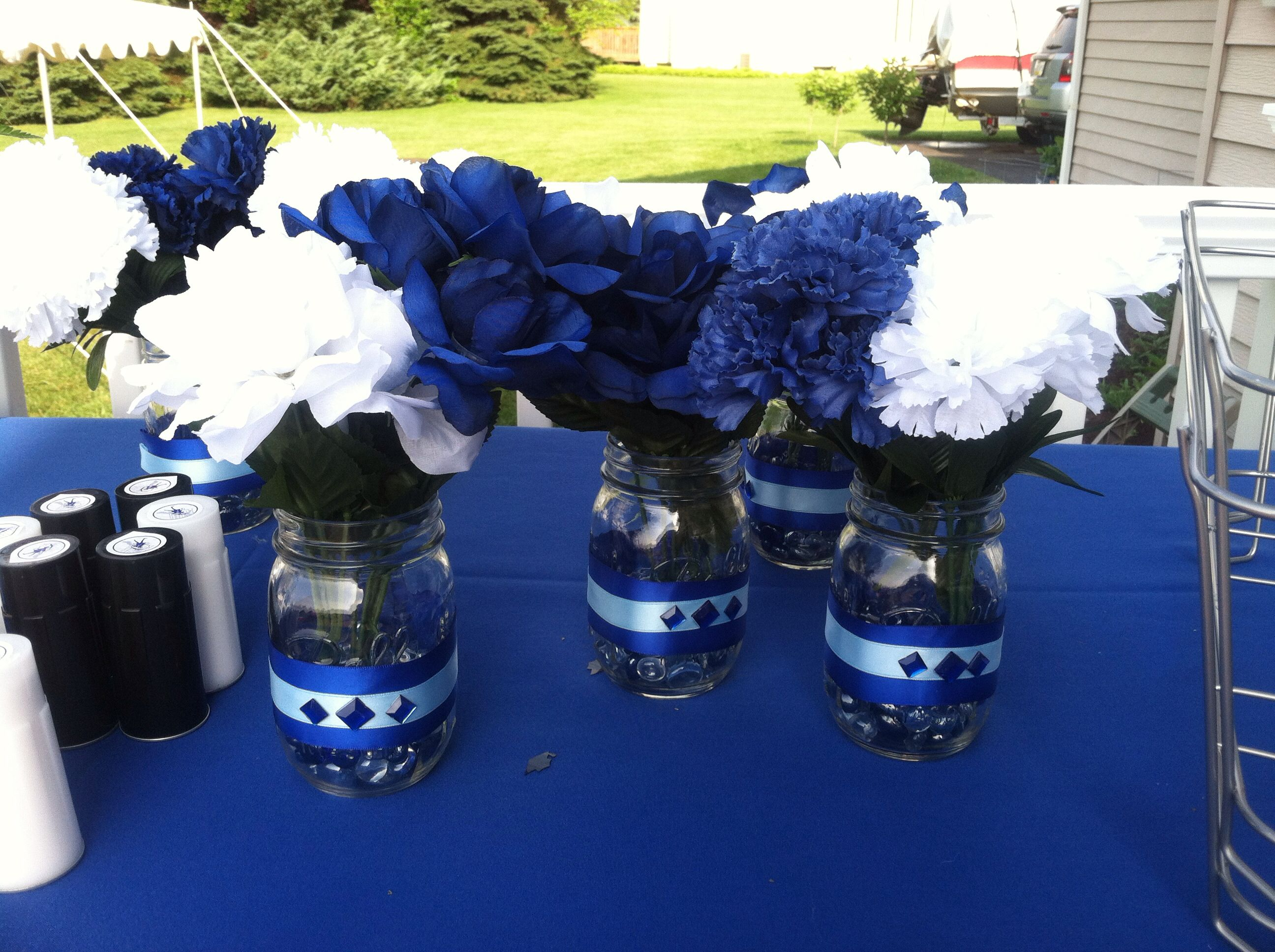 Villanova university graduation party centerpieces by for Graduation decorations