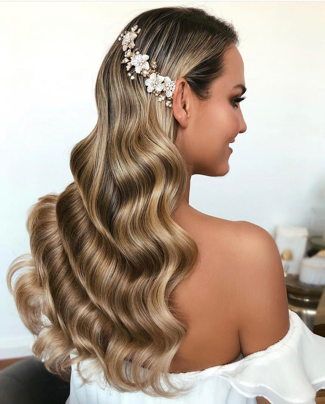 Elegant Wedding Hairstyle Idea: Beautiful NORA Headpiece • Available In GOLD And SILVER
