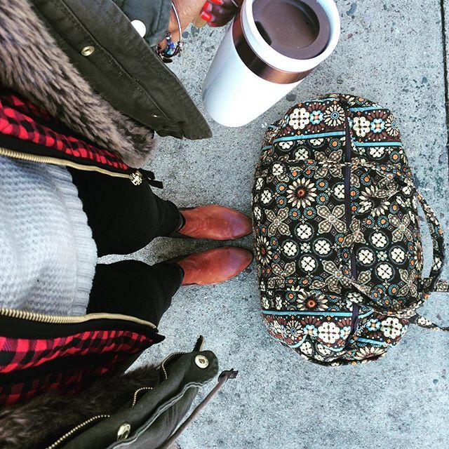 Long weekend road trip with the hubs #bedandbreakfast #berkshires #massachusetts #rhodeisland #outfitoftheday #collectorofduffels #coffeeready #earlybirthdayweekend