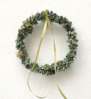 over 350 wreaths in one fell swoop!