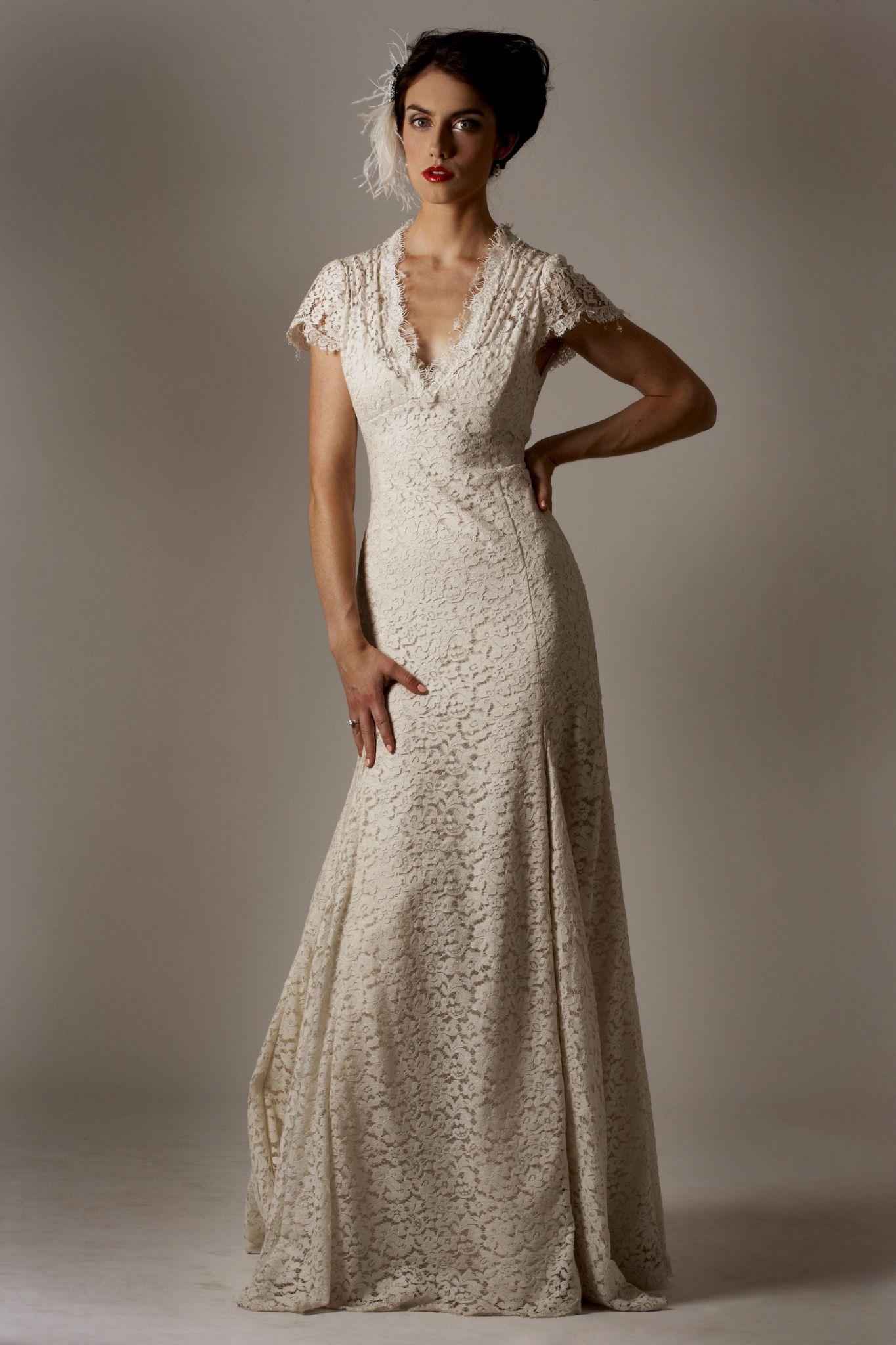 Casual Wedding Dresses for Older Brides Plus Size