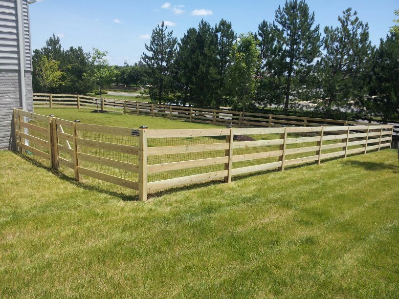 Define The Boundaries Of Your Yard With A 4 Board Paddock Wood Fence With Wire Mesh Like This One Click O Wood Fence Different Types Of Fences Types Of Fences