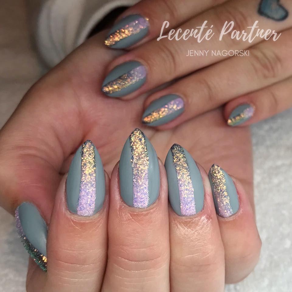 Lecenté Black Chrome and Golden White Iridescent Ombré stripe nails ...