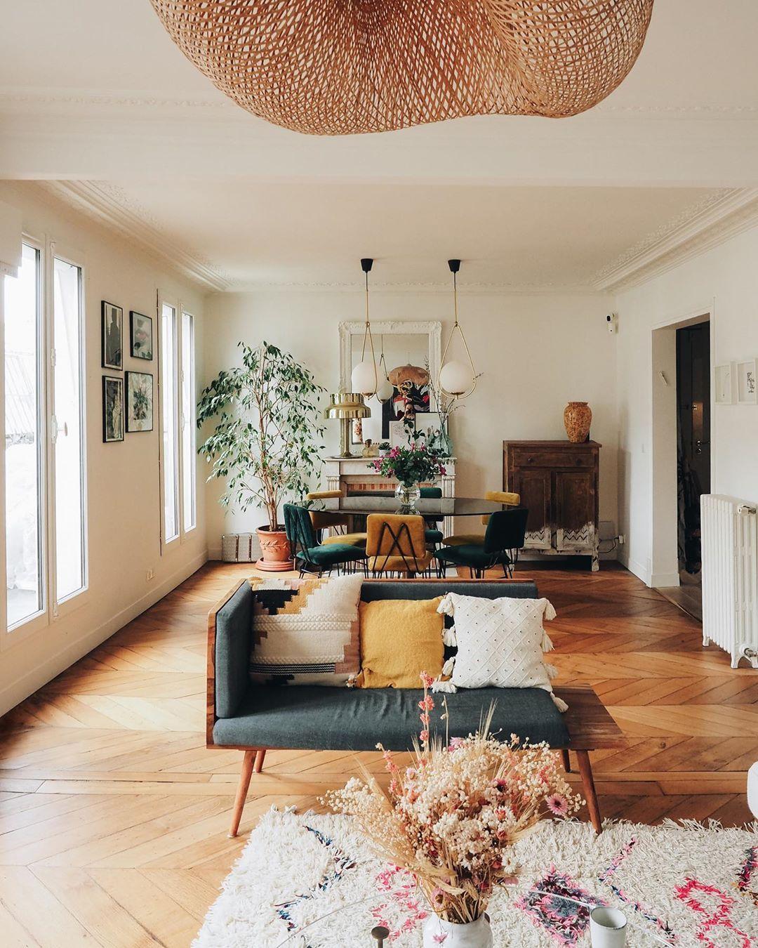 Erspective Salon Salle A Manger Vintage Colors Decoration Interieur Appartement Paris Liliinwonderland Banquet En 2020 Decoration Banquette Salle A Manger