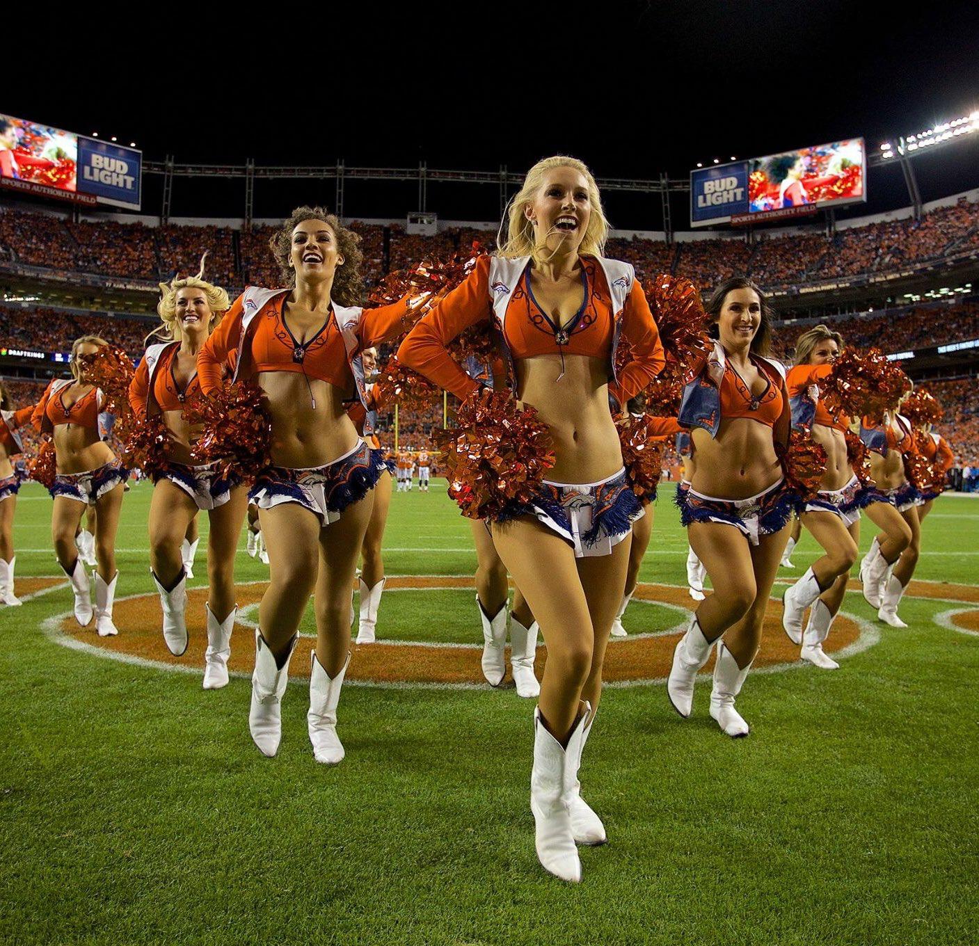 Pin By Reginald Pelle On Denver Broncos Cheerleaders