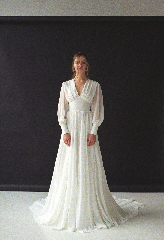 7e750f8d546 Long sleeve wedding dress Boho bishop sleeve wedding dress Bohemian ...