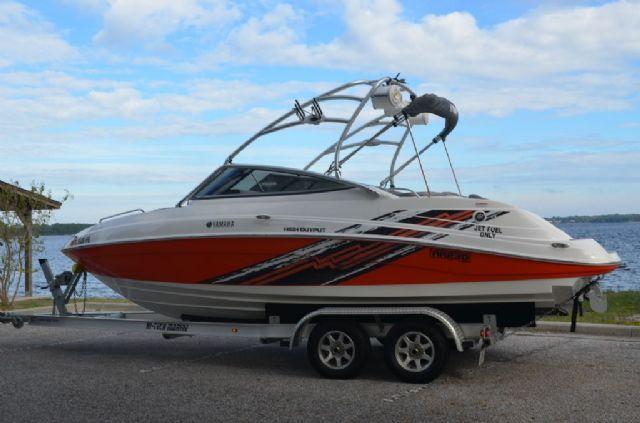 23 feet 2007 yamaha ar 230 high output jet boat orange for Yamaha ar230 boat cover