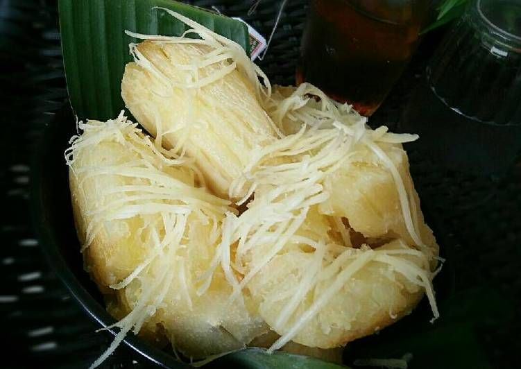 Resep Singkong Goreng Keju Ala Abang2 Oleh Dapurvy Resep Keju Ubi Goreng Cemilan