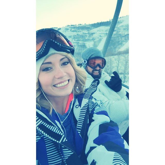 You can't buy happiness, but you can buy a lift pass!!! ❄❄️ #parkcity #snowboarding #mountains #snow #nightboarding #Repin @_valeria_elizabeth_
