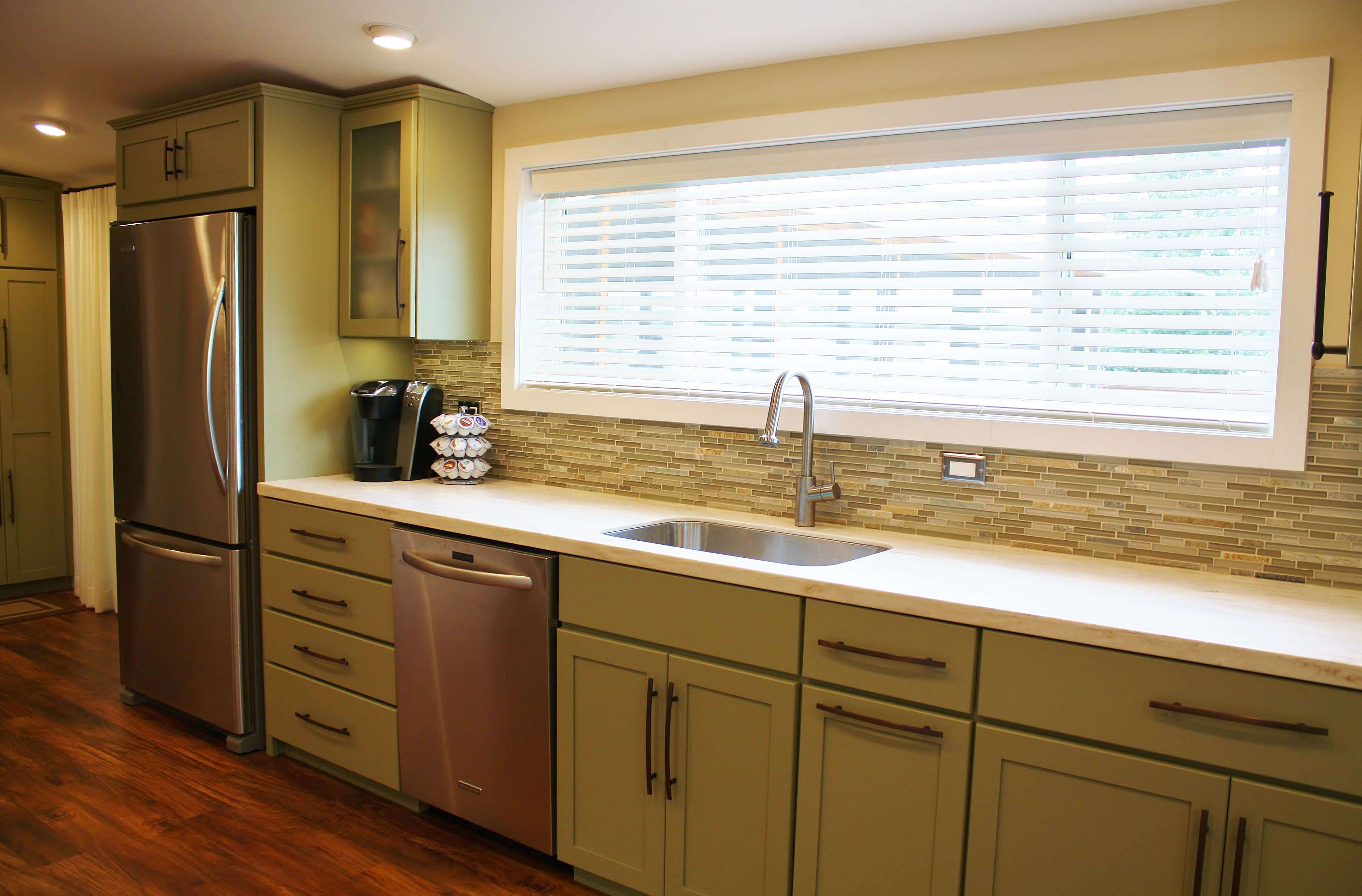 holiday kitchens seattle shaker cabinets corian solid