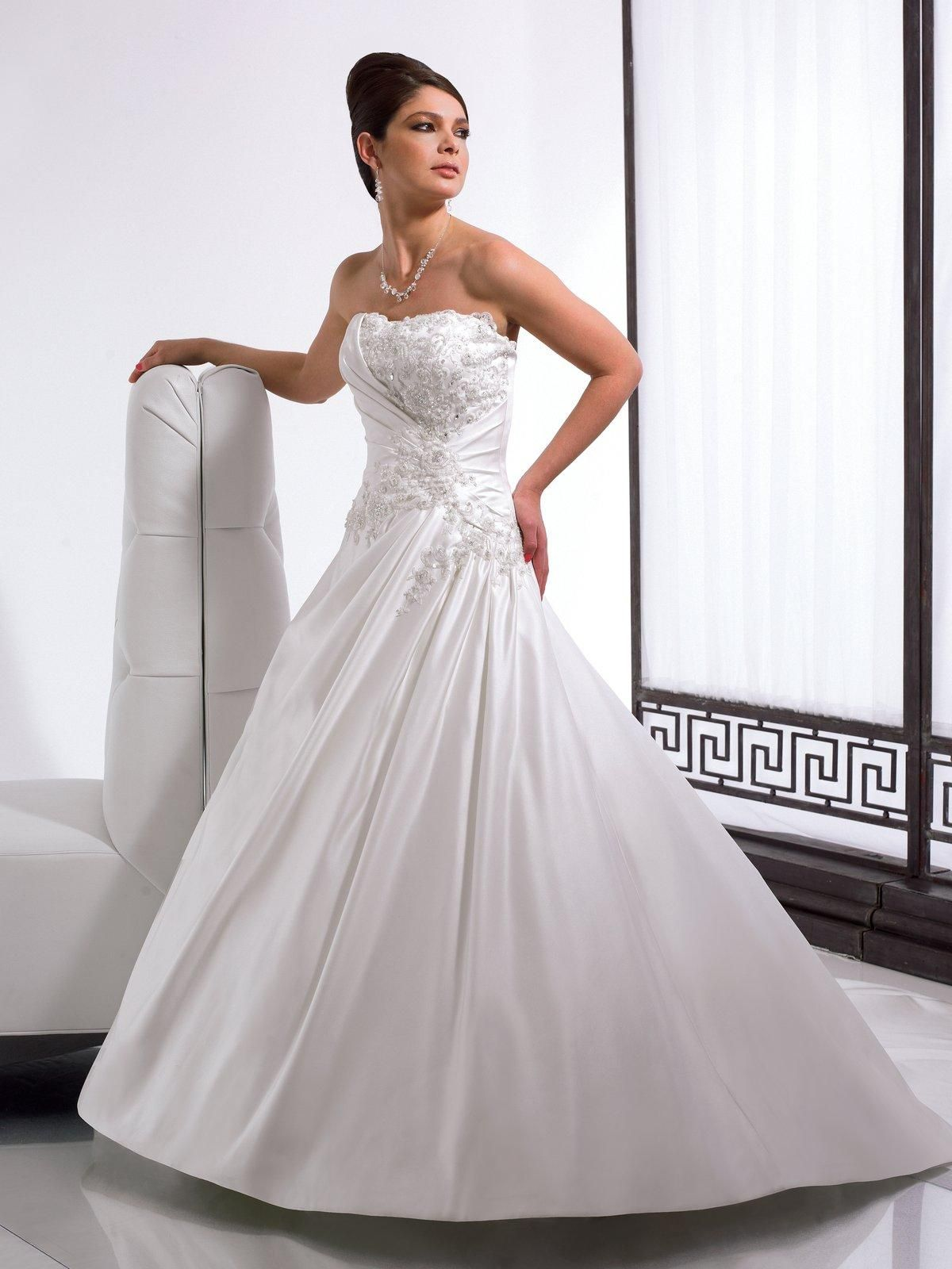 Style j wedding dress princess wedding dresses and strapless