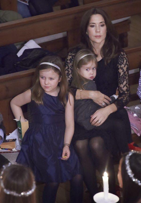 MYROYALS &HOLLYWOOD FASHİON: Crown Prince Frederik and Crown Princess Mary at Christmas Concert