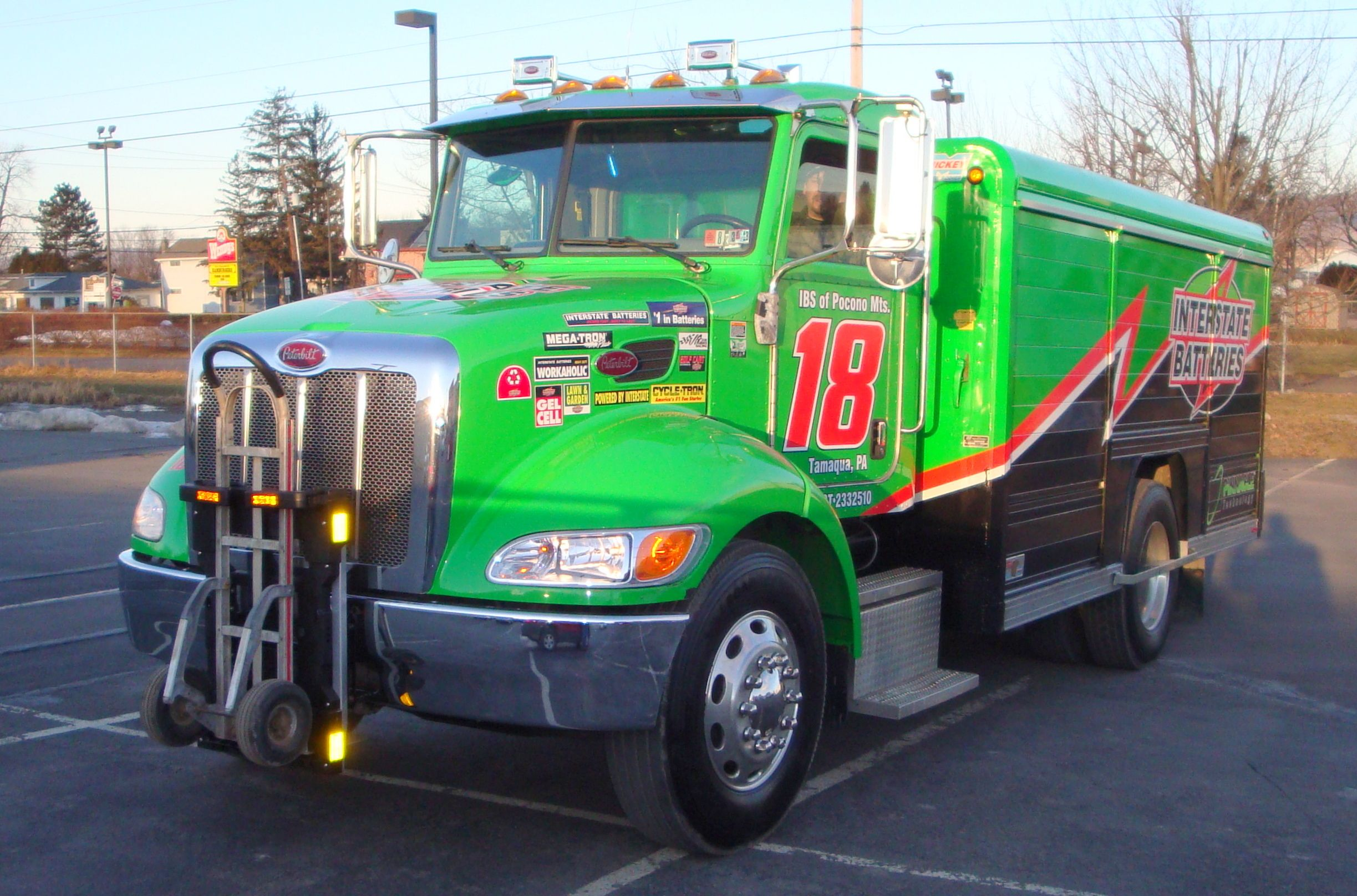 Peterbilt 335 Interstate Batteries Route Delivery Truck With Mickey Truck Bodies Battery Side Loader And Hts Systems Patent Hand Trucks Trucks Truck Transport