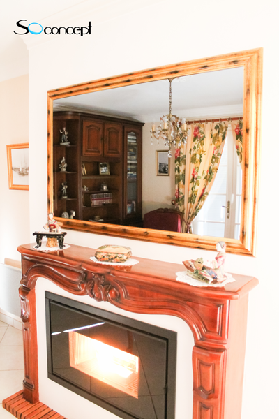Nous avons ici un cadre tv miroir de style classique qui for Tlvision miroir
