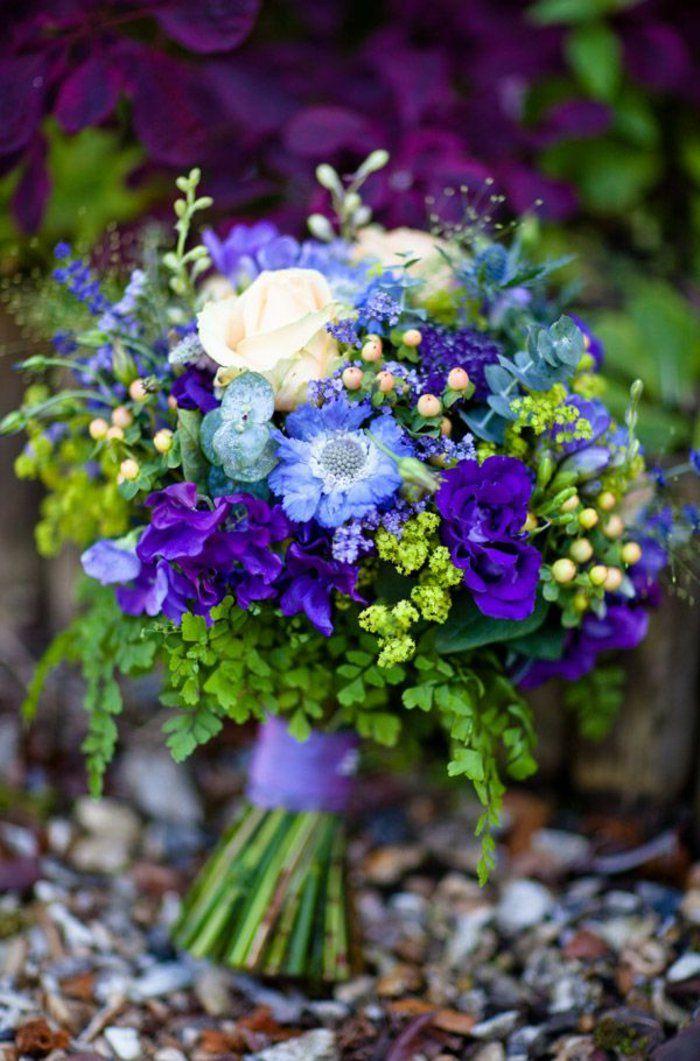 Blumensträuße Mit Wunderschönen Blumen Dekoration Deko Mit Blumen ... Blau Fr Dachschrage