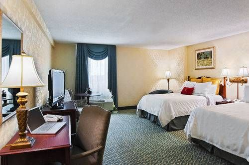 Crowne Plaza Hotel St Louis Clayton Mo United States Overview