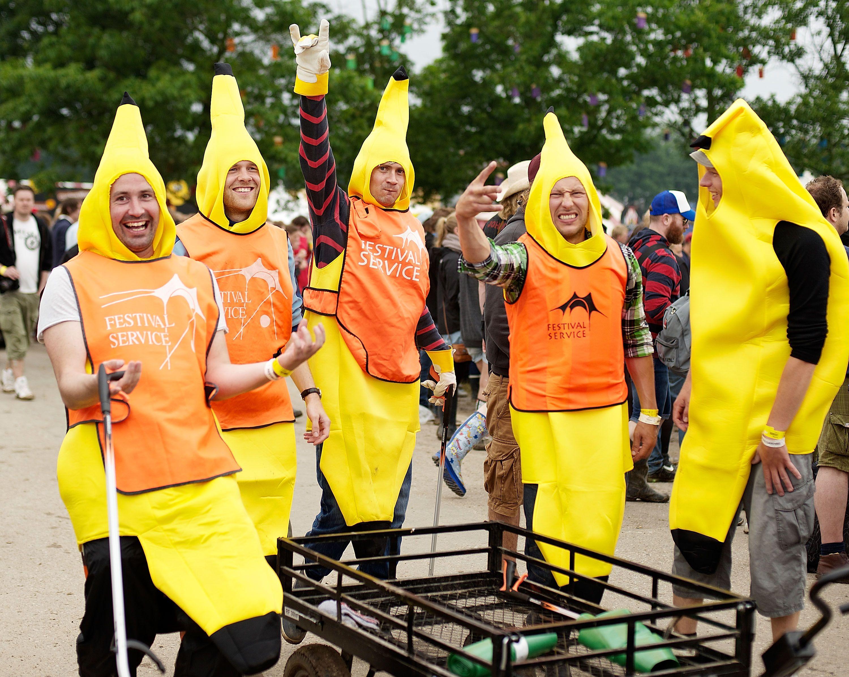 how to make banana costume for kids