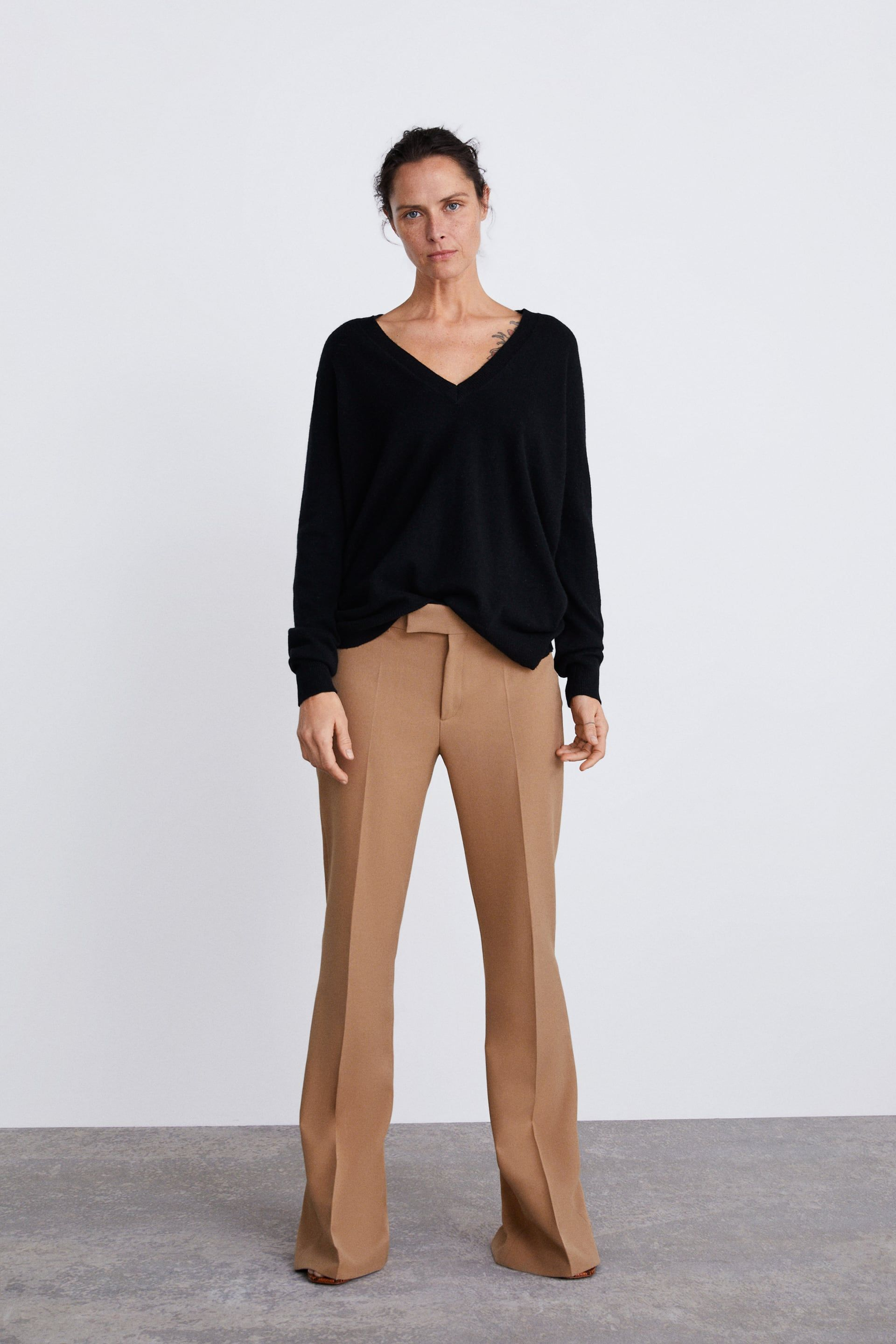 photos officielles 19ab8 a5c1f PANTALÓN FLARE | stuff to wear in 2019 | Flare pants ...