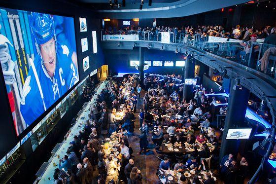 Real Sports Bar Grill Voted Best Sports Bar In North America By Espn Billard Centre De Recherche Bar