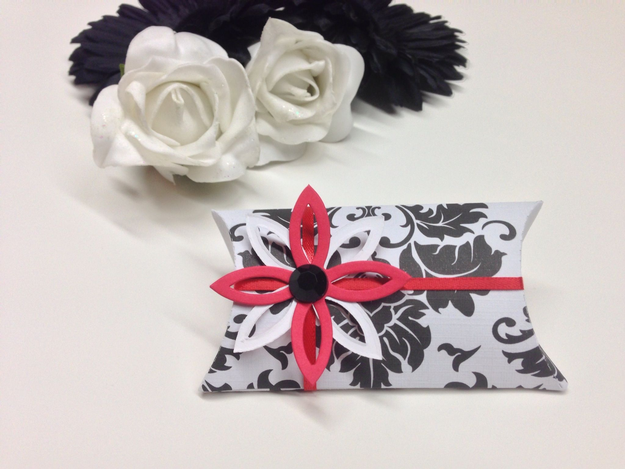 Custom wedding favours! Our pillow box favour created in black and ...