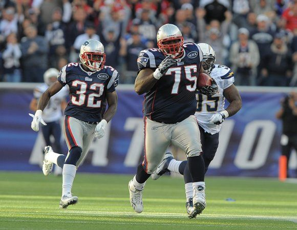 Patriots Vince Wilfork Mic D Up New England Patriots New England Patriots Players New England Patriots Football