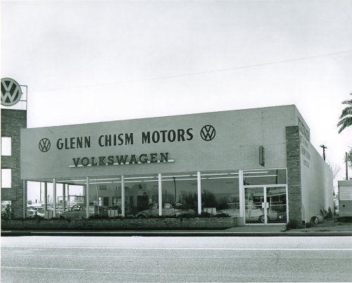 Old Vw Dealer Vintage Vw Vintage Volkswagen Vw Dealership