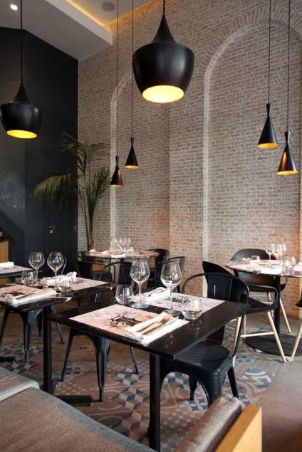 Agencement de bar restaurant en noir - Sledge | Déco pour les pro ...