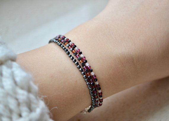 meilleur service d7cf6 1405d Garnet bracelet bracelet femme January birthstone | Etsy ...