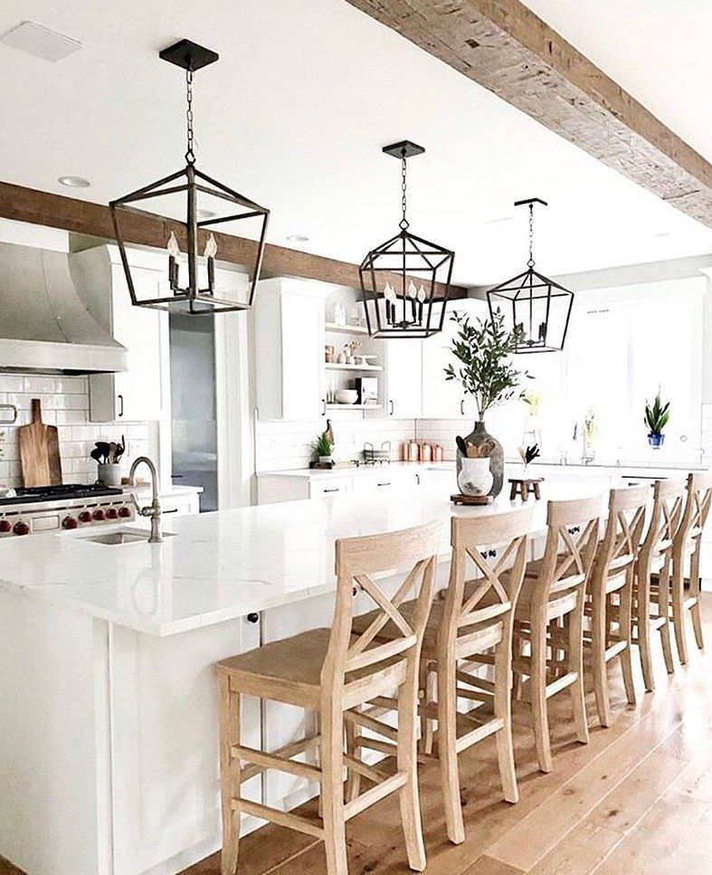 "𝐒𝐰𝐞𝐞𝐭 𝐂𝐨𝐮𝐧𝐭𝐫𝐲 𝐇𝐨𝐦𝐞𝐬 on Instagram: ""Ok this kitchen is a absolute stunner!! Love love love it! Beautiful inspiration by: Jannine @moxieandmint — Have a wonderful Thursday,…"""