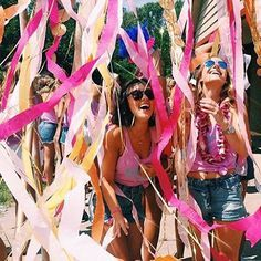 Flamingo bid day streamers