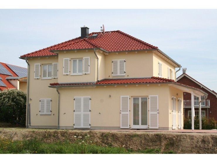 Fertighaus modern walmdach for Einfamilienhaus modern walmdach