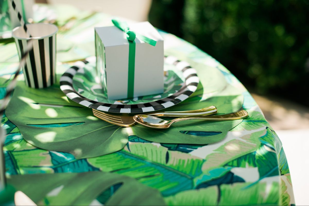 Green, White and Black Palm Beach Party in 2020 | Summer ...