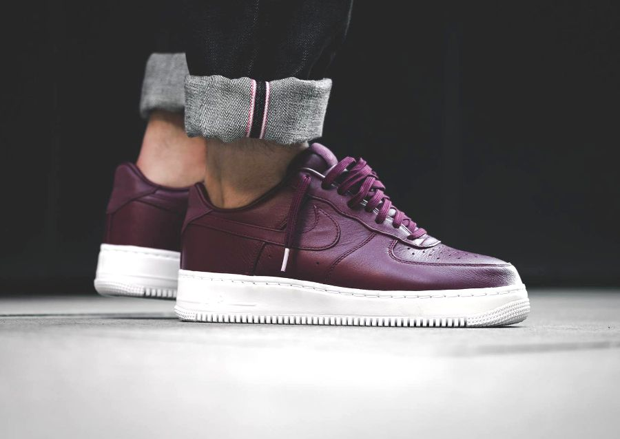 acheter basket NikeLab Air Force 1 Low PRM Leather Bordeaux (2)