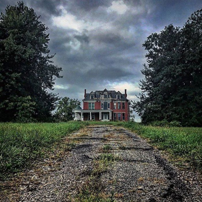 7. This Abandoned Mansion Mysteriously Stands Outside Of