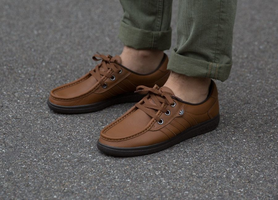 chaussures ville adidas hommes
