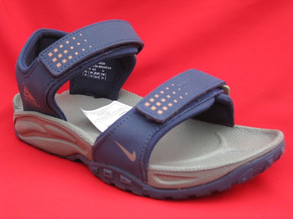 5a3493bf8784 BOYS CHILDRENS KIDS NIKE ACG SCHUTZ VELCRO STRAP BEACH SANDALS SHOES ...