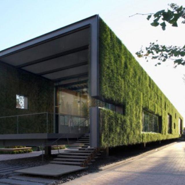 Fassadenbegr nung infopavillon pinterest architektur gr ne architektur und container h user - Grune architektur ...