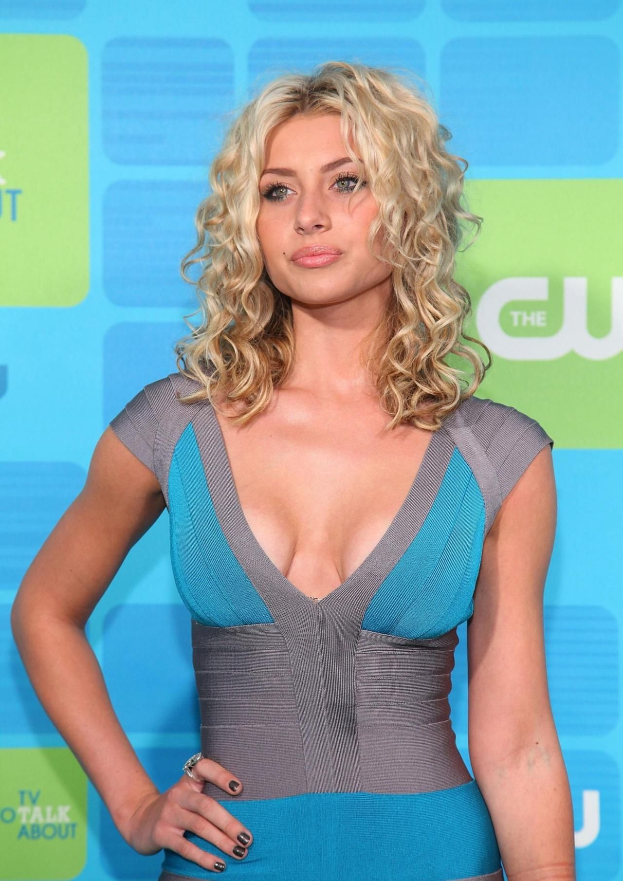Alyson Michalka | Girls | Pinterest