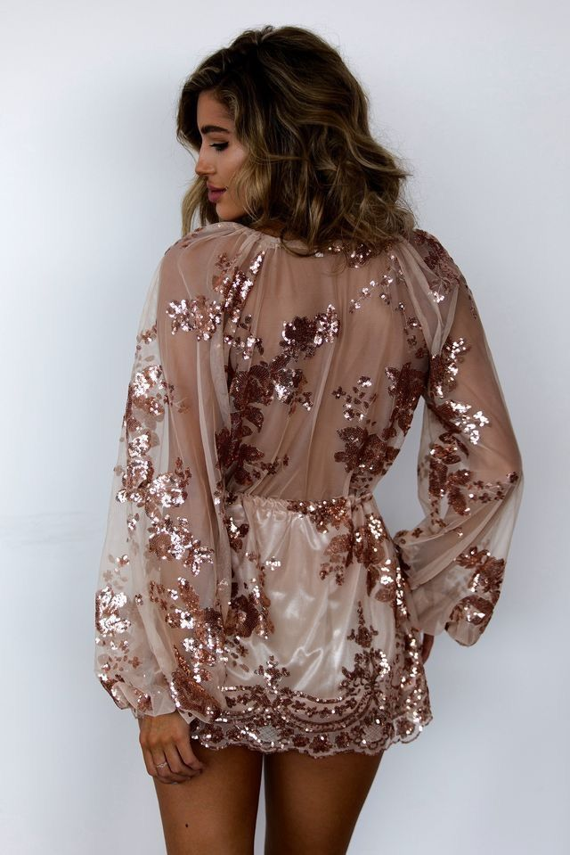 c53876d62b5 Pinterest  prettymajor11 Short Glitter Dress
