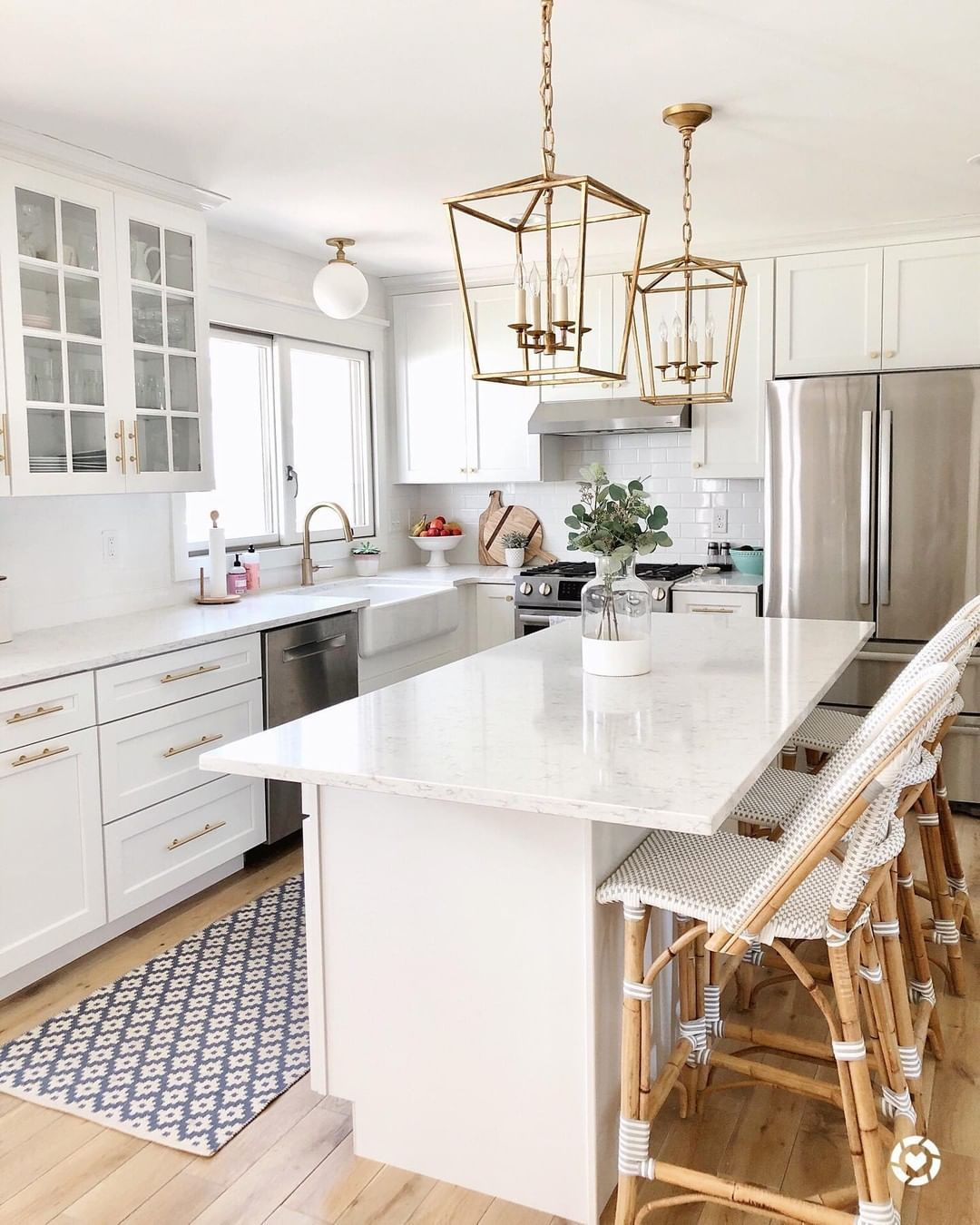 Ltkhome On Instagram Follow Andrea Wiele In The Liketoknow It App To Shop Her Kitchen Detai In 2020 White Kitchen Design Beautiful Kitchen Cabinets Kitchen Design