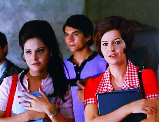 ميرفت أمين مع حياة قنديل عجايب يا زمن 1974 Celebrities Nostalgia Cinema