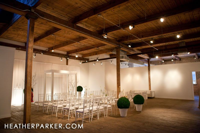 Gallery 1028 Warehouse Wedding Venue In Chicago With Loft Like Ceilings One Of My Faves